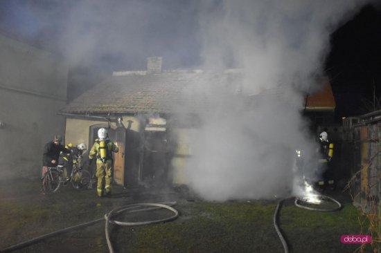 Pożar w Pieszycach na Zamkowej 23