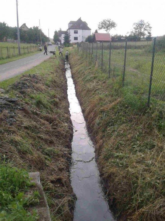 Konserwacja rowów melioracyjnych w gminie Dzierżoniów