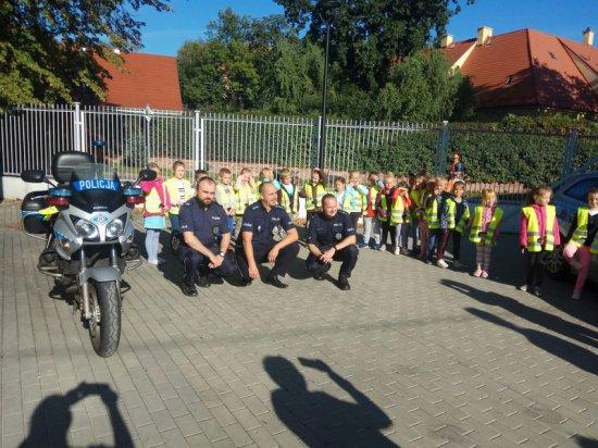 policja u przedszkolaków