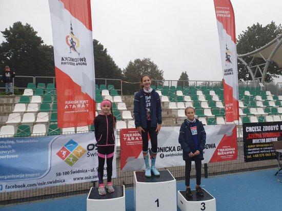 Lekkoatleci z Dzierżoniowa na zawodach w Świdnicy