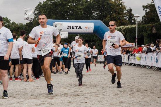 Trwają zapisy na Poland Business Run 2021. Komu pomogą biegacze na Dolnym Śląsku?