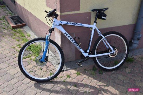 Wypadek z udziałem rowerzysty w Dzierżoniowie