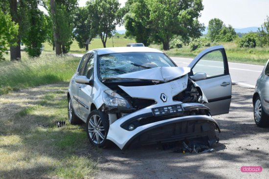 Zderzenie trzech samochodów na ósemce