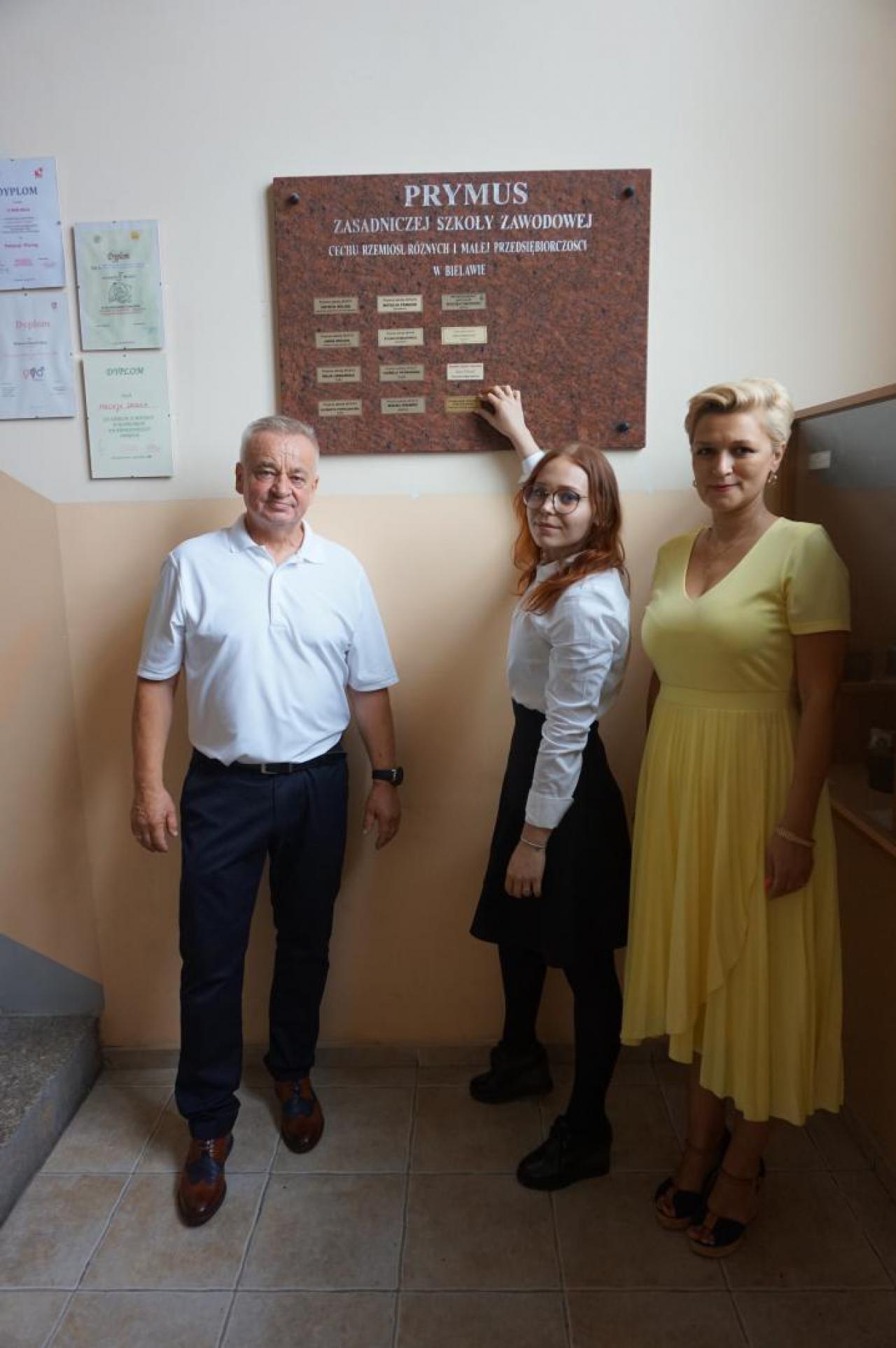 Uroczyste zakończenie roku szkolnego w Zespole Szkół Cechu Rzemiosł Różnych w Bielawie