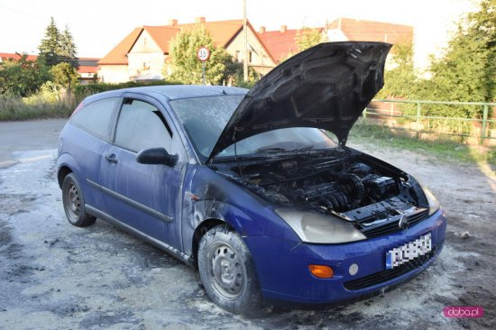 Pożar samochodu w Pieszycach