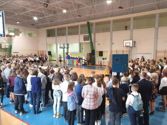 Nowy rok szkolny w Pieszycach rozpoczęty