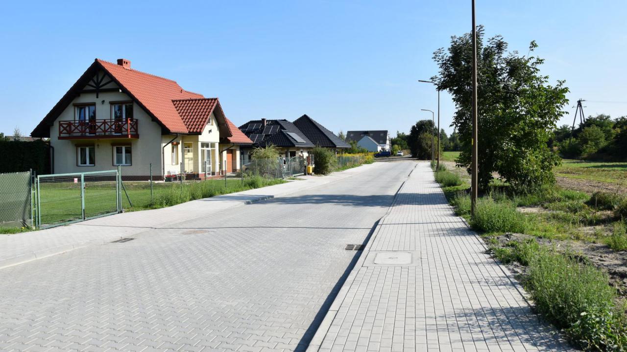 Budowa ulicy Przedwiośnie w Dzierżoniowie