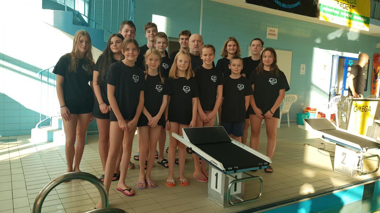 MKS 9: pływacy w Zielonej Górze