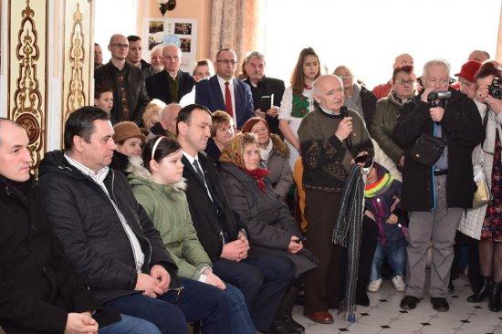 Premier Mateusz Morawiecki spotkał się z mieszkańcami Krosnowic