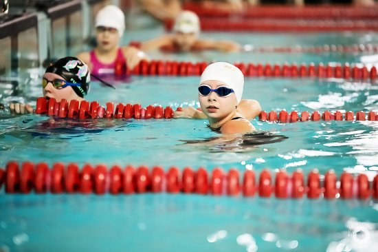 Pływacy HS Team Kłodzko tradycyjnie zaprezentowali wysoką formę zajmując miejsca na podium.