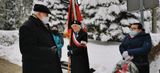 W środę, 10 lutego w Polanicy-Zdroju zorganizowane zostały uroczystości upamiętniające ofiary masowych  wywózek Polaków na Syberię i na północne terytoria Rosji.