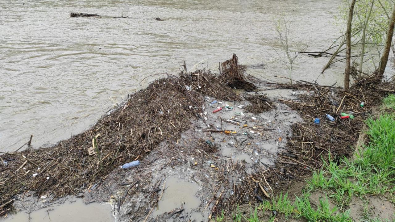 starosta kłodzki z dniem  2 maja ogłosił pogotowie przeciwpowodziowe na obszarze powiatu kłodzkiego.