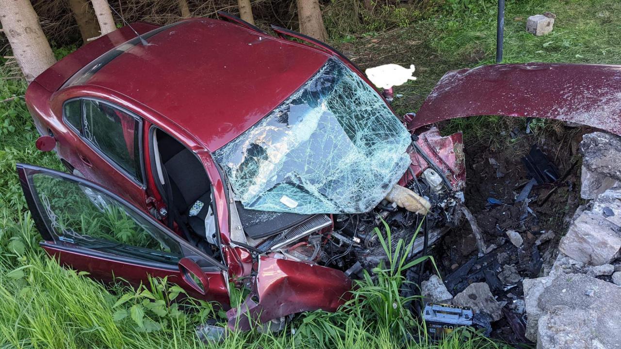 Poważny wypadek w Smreczynie. Zadysponowano śmigłowiec LPR