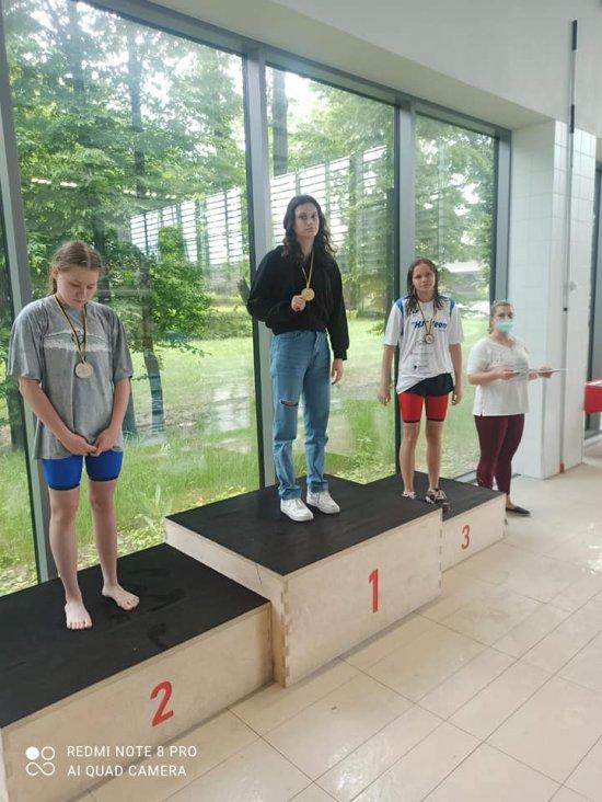 Nowe rekordy i 14 medali w konkurencjach indywidualnych [Foto]