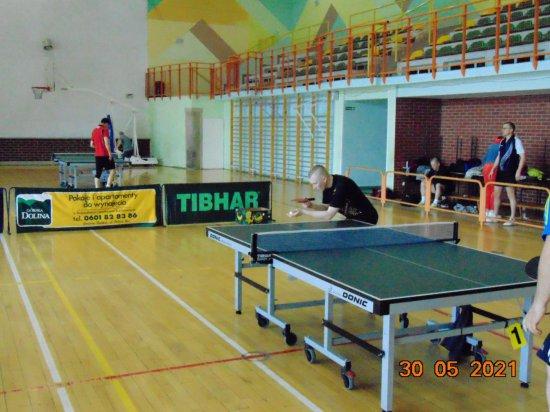 W rozegranym 30 maja w Bystrzycy Kłodzkiej turnieju wzięło udział 20 zawodników, w tym 2 kobiety.