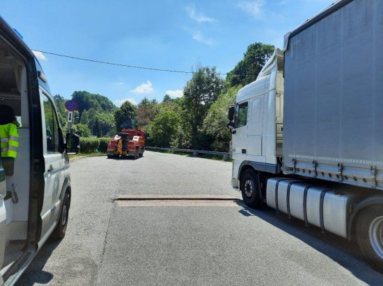 Ponad 1,8 promila alkoholu w wydychanym powietrzu miał kierowca zestawu ciężarowego, który został zatrzymany przez wspólny patrol Inspekcji Transportu Drogowego oraz policji.