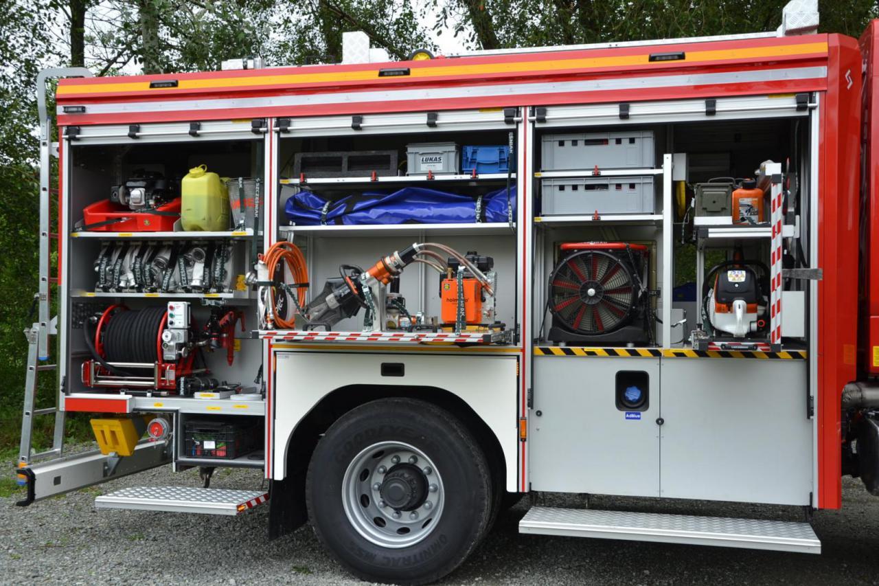 Strażacy z OSP Nowa Ruda - Słupiec z nowym wozem [Foto]