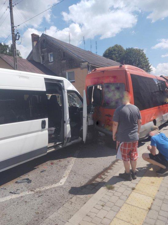 Nowa Ruda: zdarzenie drogowe na ul. Świdnickiej