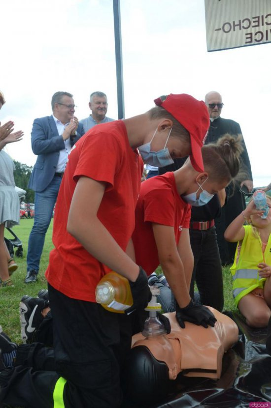 Zawody Dziecięcych i Młodzieżowych Drużyn Pożarniczych w Wojborzu [Foto]