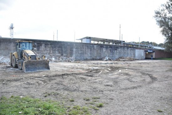 Koniec z ruinami obok dworca PKS w Kłodzku