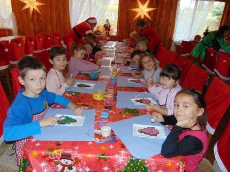 Dzieci z SP nr 8 szukały Mikołaja