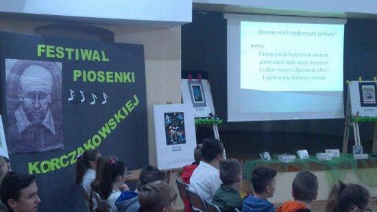 Festiwal Piosenki Korczakowskiekj w Jaroszowie