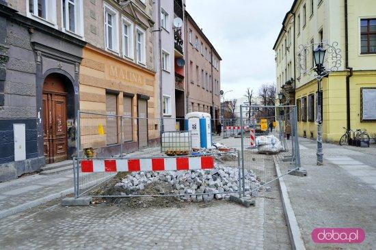 Wraca ruch na ulicy Franciszkańskiej i Traugutta