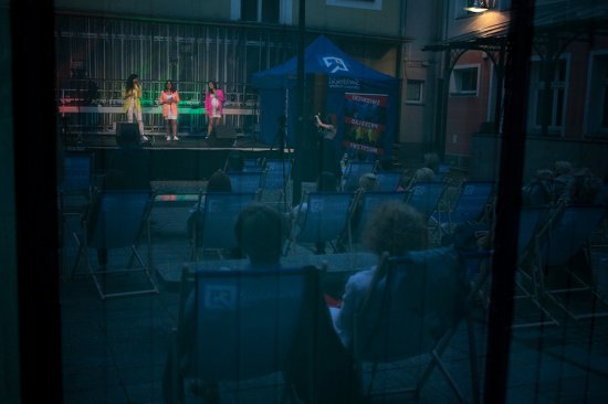 DSW zaśpiewały na dziedzińcu Wieży [FOTO]
