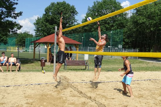 [FOTO] Otwarty turniej siatkówki plażowej kobiet i mężczyzn