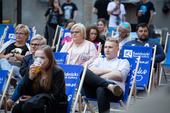 [FOTO] Bluefaces poderwali publiczność z leżaków