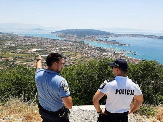 Kolejny sezon polskich policjantów nad Adriatykiem