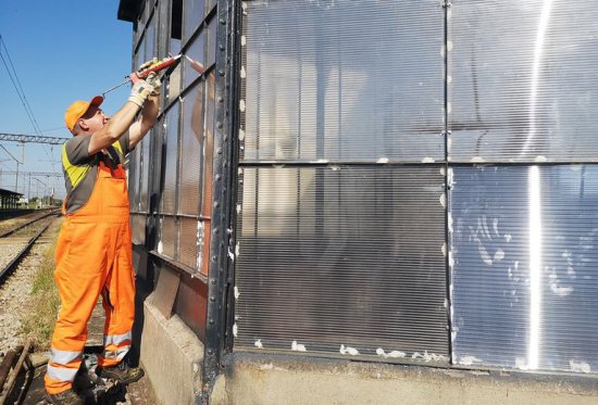 Trwają prace remontowe przejścia podziemnego w Żarowie