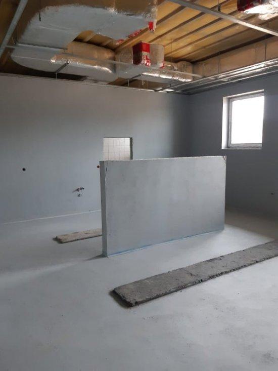 [FOTO] Trwają prace wykończeniowe kuchni i pomieszczeń żłobka