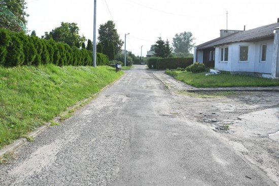 Wsparcie KOWR na przebudowę drogi wewnętrznej w Szczepanowie