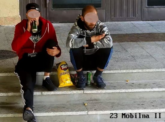 [FOTO] Najpierw piwko pod szkołą a potem włamanie