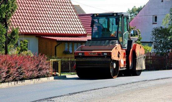[FOTO] Trwa remont drogi w Jugowej