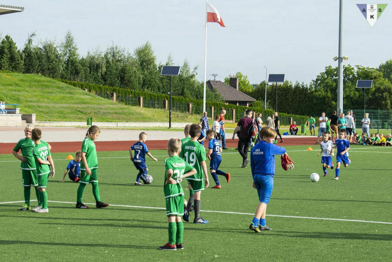 [FOTO] Turniej piłki nożnej o Puchar Prezesa strzegomskiego OSiR-u