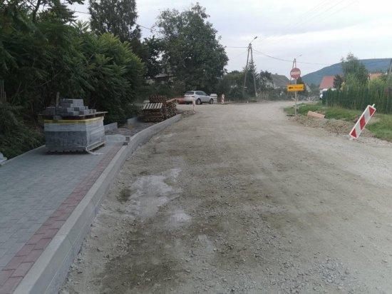 [FOTO] Rozpoczął się II etap przebudowy drogi w Mysłakowie