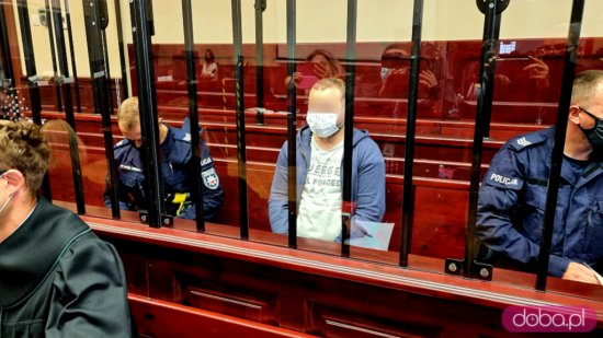 [FOTO] Ruszył proces Jakuba A., oskarżonego o okrutne zabójstwo 10-letniej dziewczynki