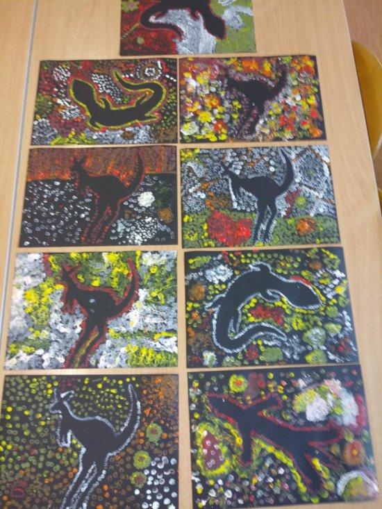 [FOTO] SP8 w Świdnicy: Uczniowie klas 1-3 poznali sztukę Aborygenów