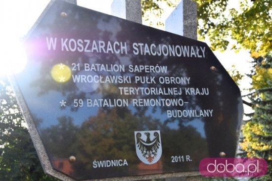 [FOTO] Upamiętnili saperów w Świdnicy