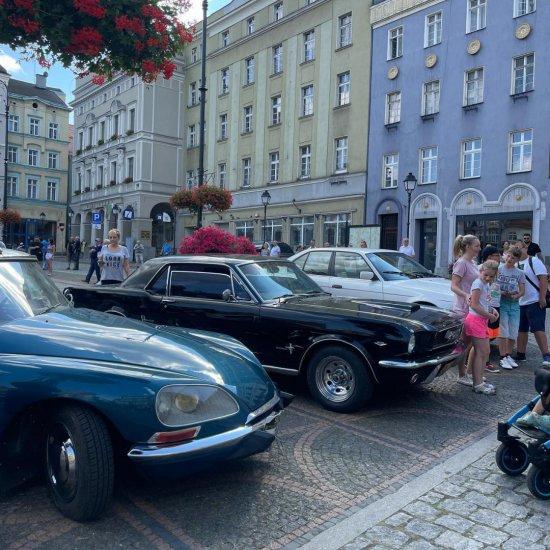 [FOTO] IX Międzynarodowy Wałbrzyski Rajd Pojazdów Zabytkowych