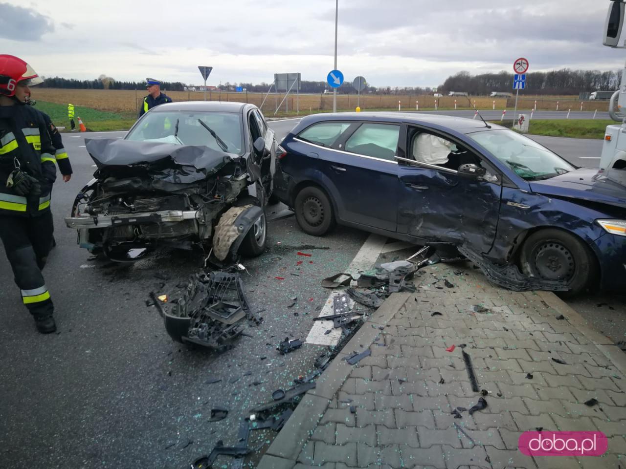 Wypadek trzech pojazdów w Nowej Wsi Wrocławskiej