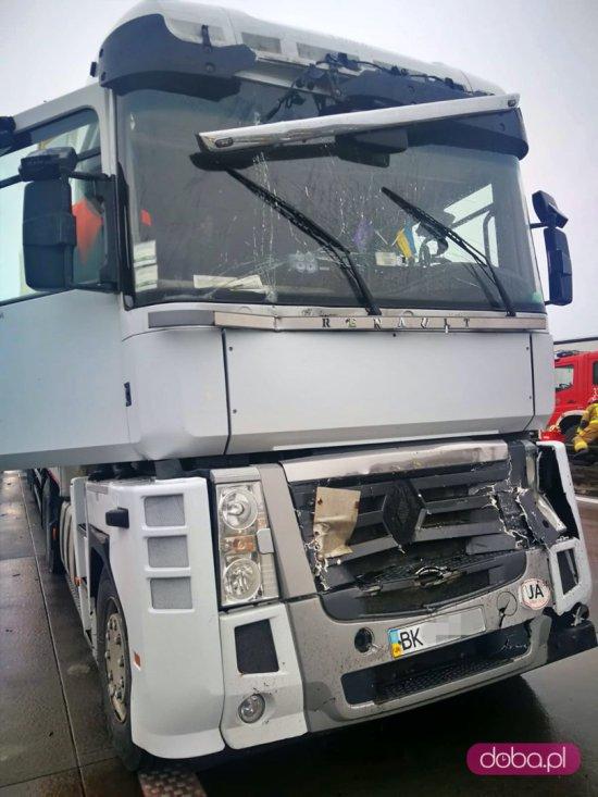 Zderzenie trzech ciężarówek na A4