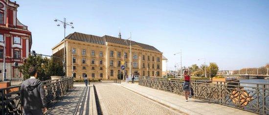 Zakończono prace renowacyjne w inwestycji biurowej L\'UNI