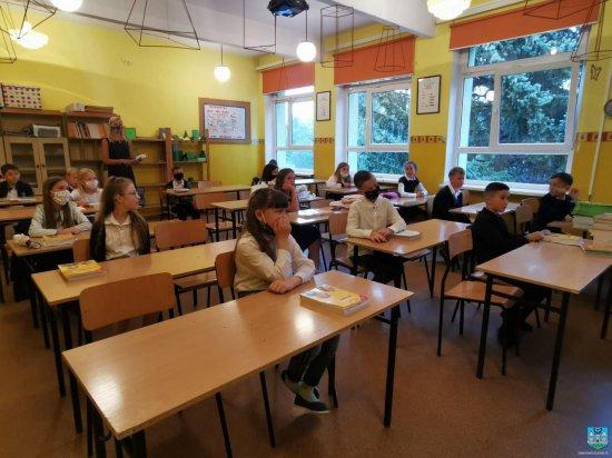 Ząbkowice Śl.: Witamy z powrotem w szkole