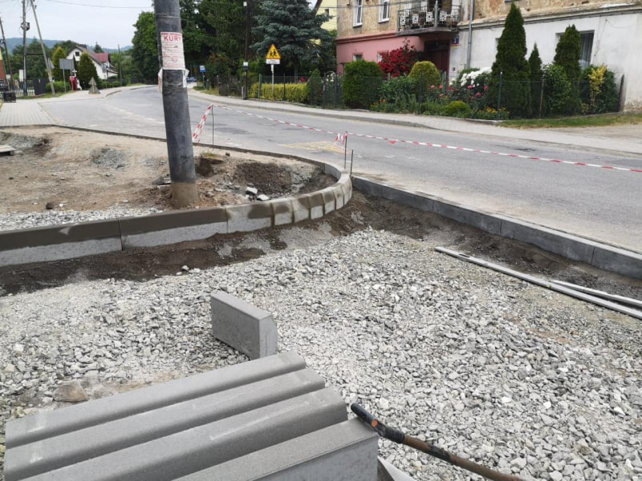 Trwa budowa parkingu w sołectwie Przyłęk
