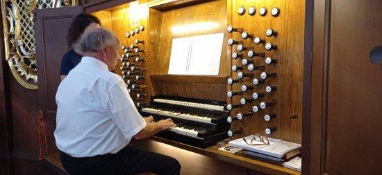 Bernhard Gfrerer był gościem drugiego koncertu Bardzkiego Lata Organowego