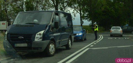 Zderzenie trzech pojazdów na skrzyżowaniu Tarnów - Olbrachcice