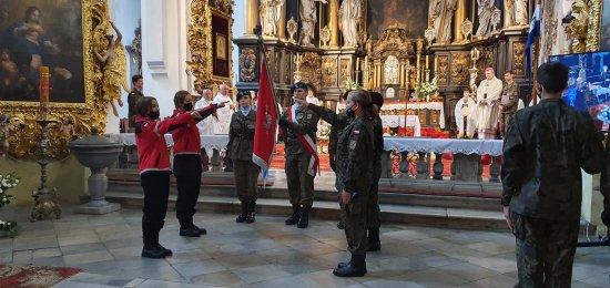 [FOTO, WIDEO] Ślubowanie nowych uczniów w Katolickim LO w Henrykowie